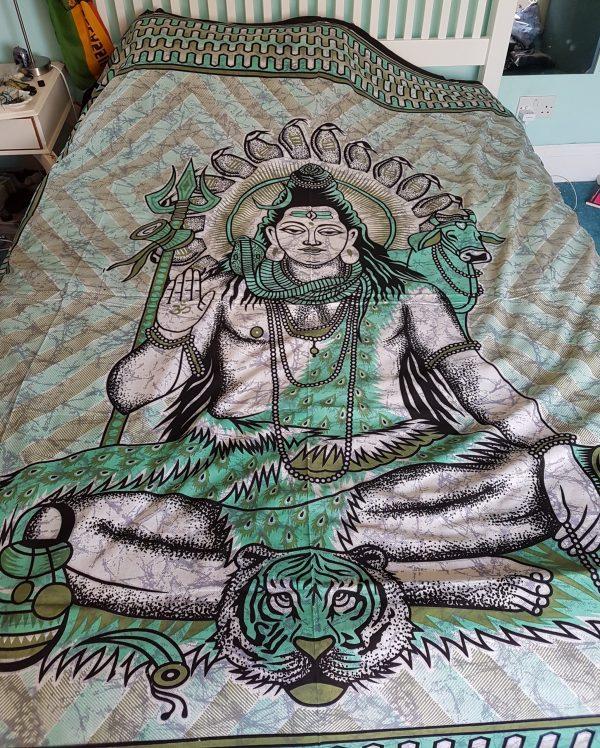 Shiva Throw Green