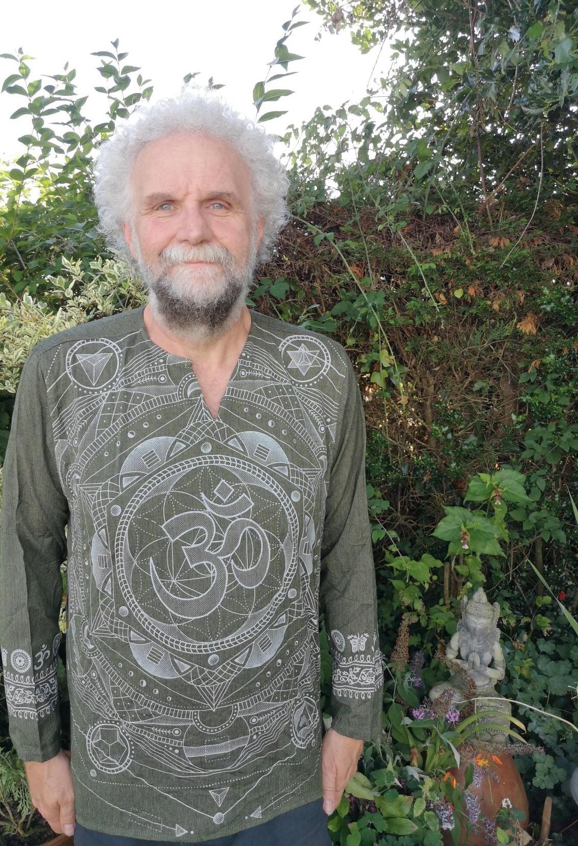 Om Shirt Khaki